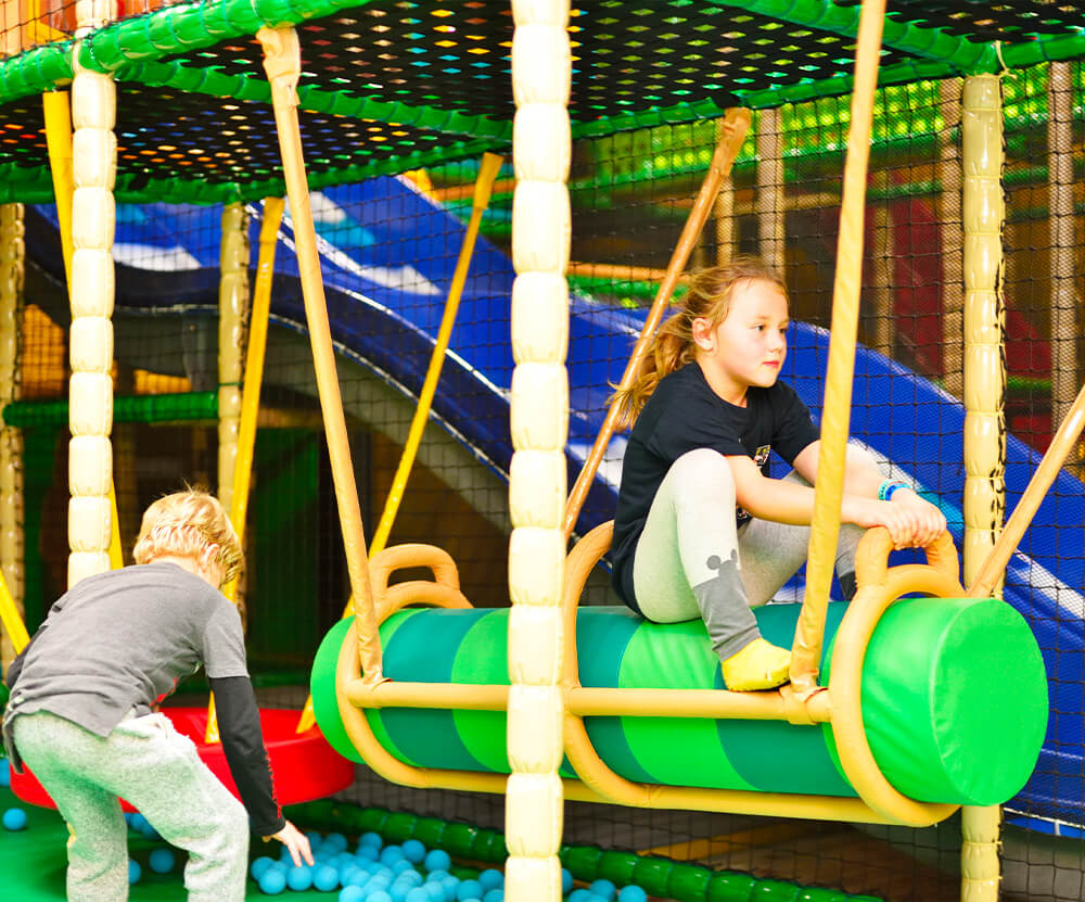 Atrakce Jump and Kids arény Tábor Houpačky