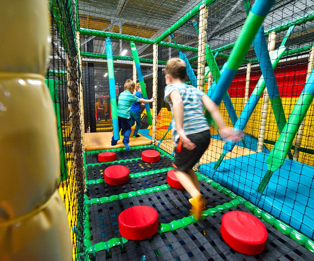 Atrakce Jump and Kids arény Tábor Lávové kameny