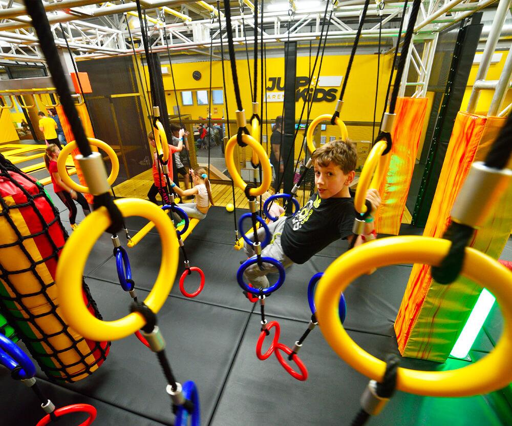 Atrakce Jump and Kids arény Tábor Ninja cesta